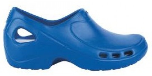 Electric Blue EVERLITE clogs